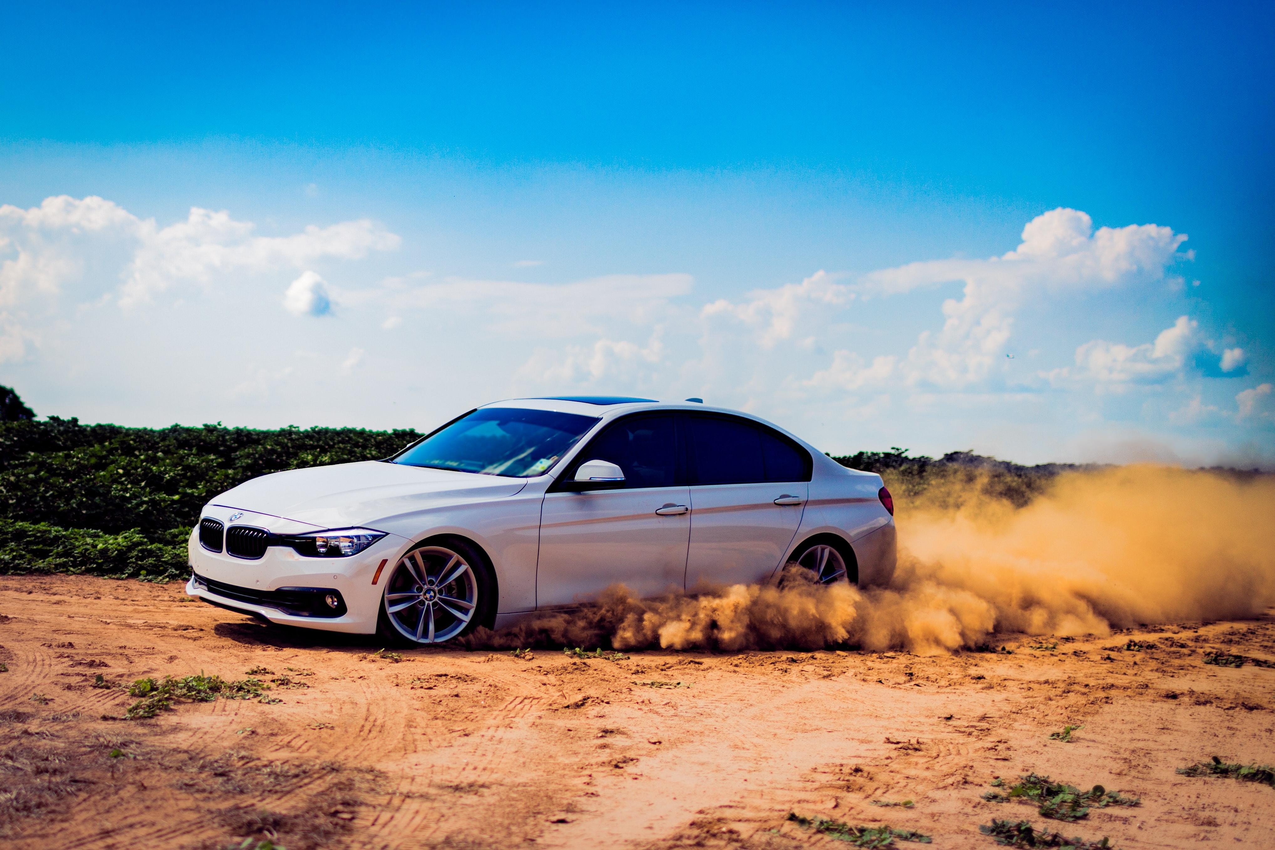BMW i ørken